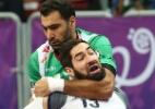 Jogar handebol pode ser violento. Mas esporte não quer mais essa imagem - Qatar 2015 via epa/Oliver Weiken