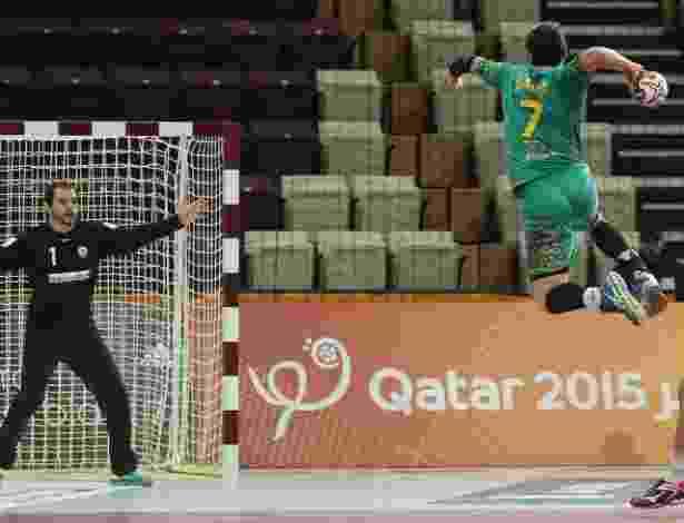 AFP PHOTO / AL-WATAN DOHA / KARIM JAAFAR