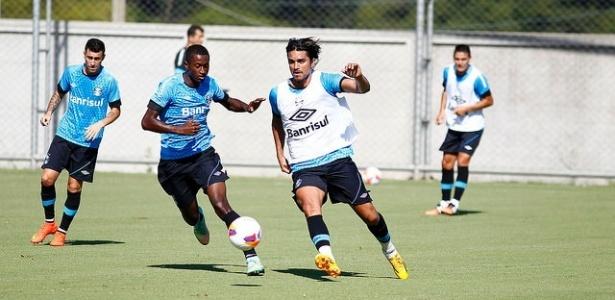 Boliviano está na mira do Cruzeiro, mas ainda pode renovar com clube chinês