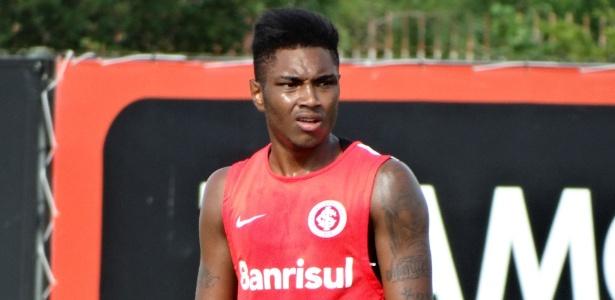 Camisa 11 se lesionou na 3ª rodada do Gauchão e deve voltar ao time no clássico