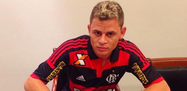 Volante Jonas tem contrato com o Flamengo até o fim de 2019 - Divulgação/Flamengo