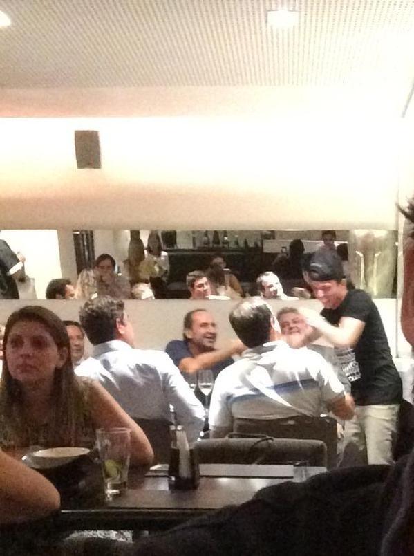 Bernard se encontrou casualmente com a diretoria do Atlético-MG em um restaurante de BH