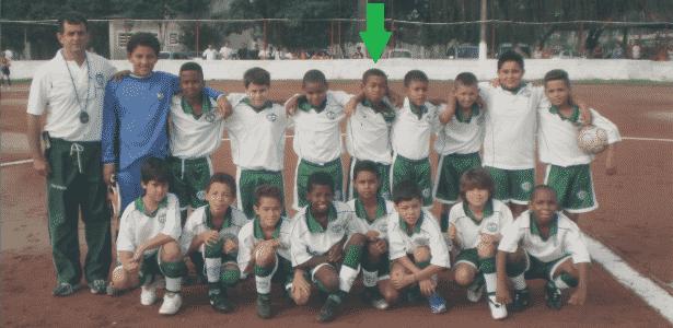Gabriel de Jesus com seu time de infância, da zona norte de São Paulo - Acervo pessoal
