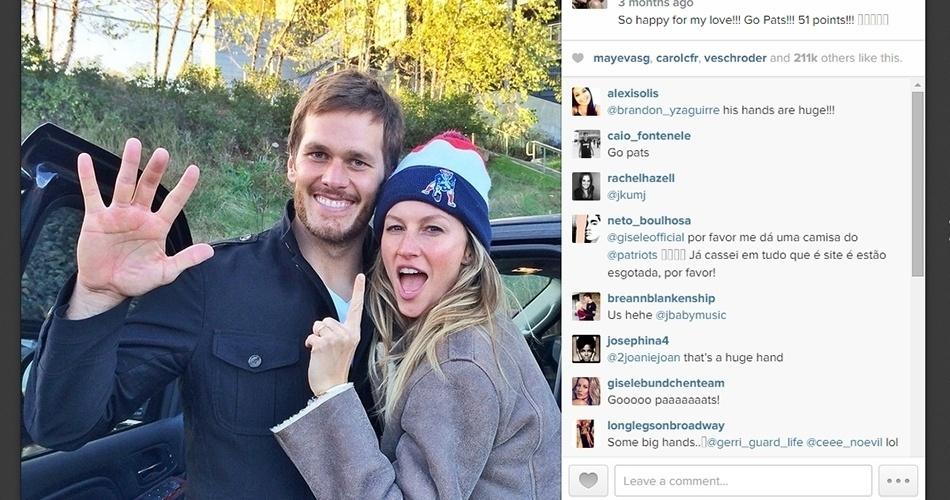 """Gisele Bündchen é uma das modelos mais conhecidas do mundo e arrasta uma multidão de fãs pelo mundo. No entanto, ela também tem seu momento de fã. Casada com o quarterback Tom Brady, que vai disputar o Super Bowl neste domingo pelo New England Patriots, ela não cansa de mostrar apoio ao marido. Veja alguns momentos de """"tiete"""""""
