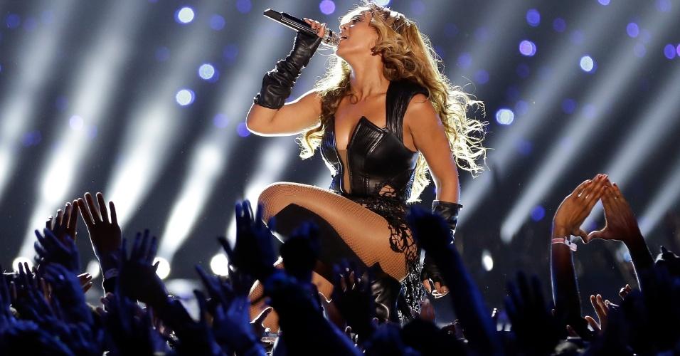 A cantora Beyonce se apresenta no show do intervalo do Super Bowl 47, em fevereiro de 2013, em Nova Orleans, nos Estados Unidos