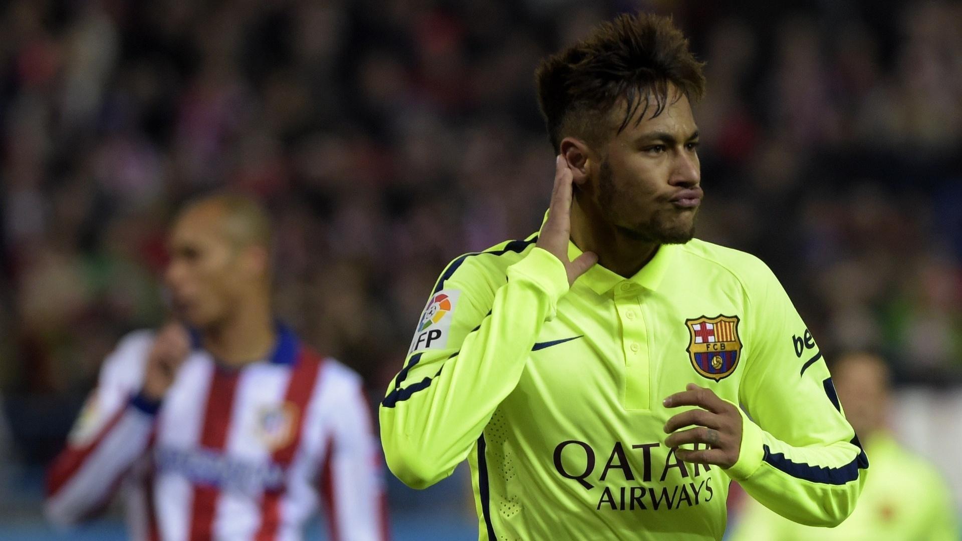 Neymar comemora após fazer seu segundo gol contra o Atlético de Madri, no Vicente Calderón