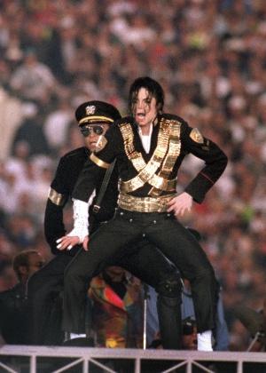 Suposta vítima de Michael Jackson apresenta provas e diz que foi abusada pelo cantor dos 12 aos 15 anos - George Rose/Getty Images