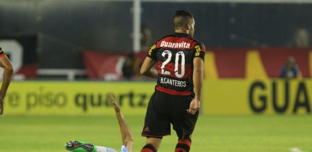 45e0a33228 Quando chegou ao Flamengo em 2014