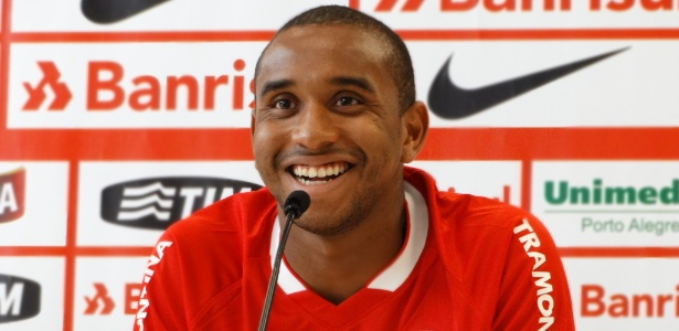 Anderson é um dos jogadores que aliviou pagamentos na folha mensal do Inter