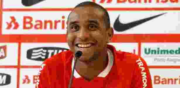 Anderson pensou em abandonar o futebol após rescindir contrato com o Internacional  - Jeremias Wernek/UOL