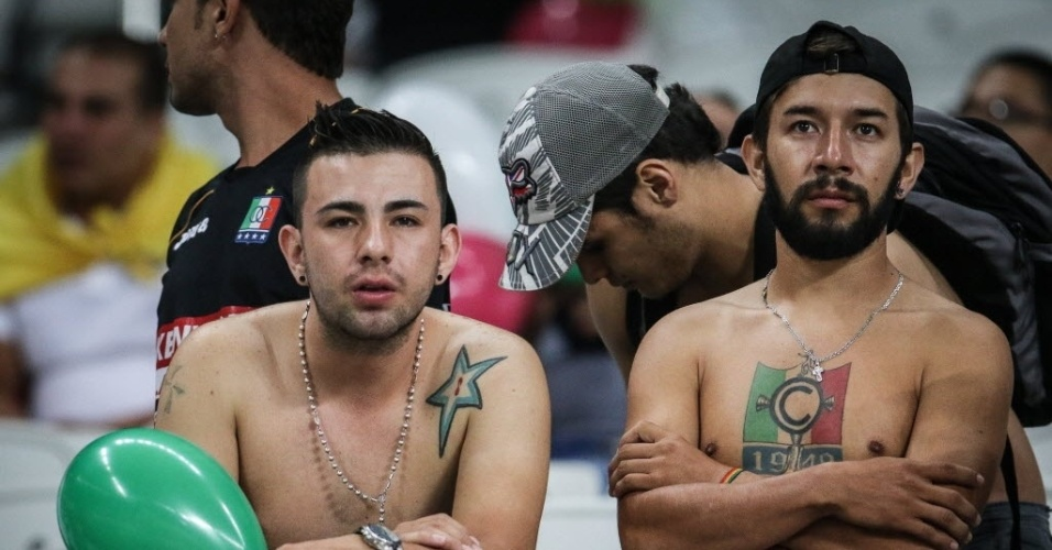 Torcedores do Once Caldas marcam presença no Itaquerão para ver jogo contra o Corinthians