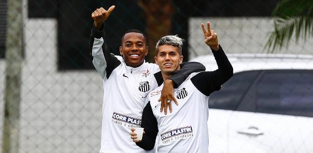 Primeira derrota por Robinho faz Santos entrar em campo em clima de ... de42d09537655