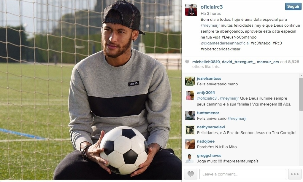 O ex-jogador Roberto Carlos também fez um post especial em seu Instagram para homenagear o brasileiro