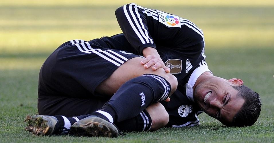 Cristiano Ronaldo sente dores durante partida do Real Madrid