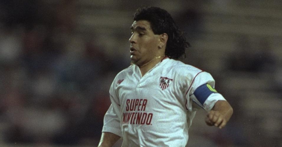 Maradona em ação pelo Sevilla