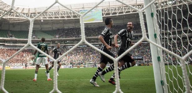 Mister clássico, Danilo já marcou 12 gols contra os maiores rivais do Corinthians