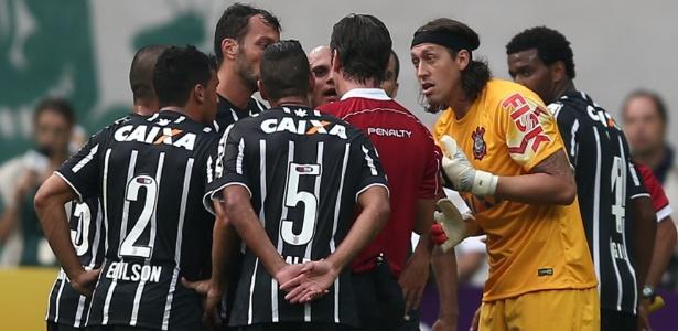 Árbitro expulsou Cássio em polêmica num dos clássicos no Allianz Parque