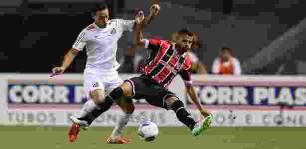 Ex-clube e maior vítima pelo Santos  Ricardo Oliveira revê o São Paulo 39e19cef821ac