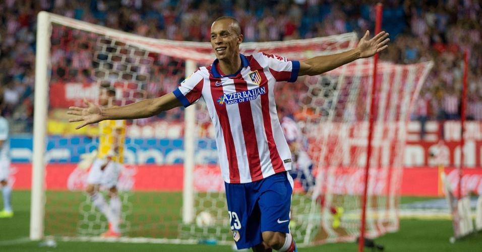 Miranda, zagueiro do Atlético de Madri, comemora gol marcado contra o Eibar, pelo Campeonato Espanhol