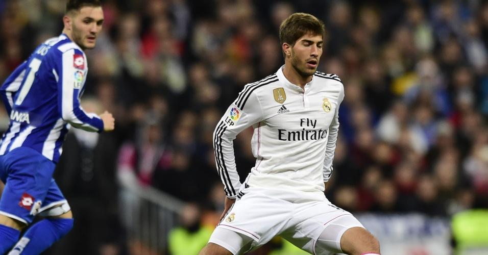 Lucas Silva, ex-Cruzeiro, fez sua estreia pelo Real Madrid contra o La Coruña