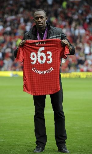 Usain Bolt recebeu camisa do Manchester após Jogos Olímpicos de Londres