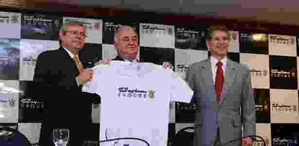 Paulo Garcia (ao centro) sempre foi opositor, mas ajudou atual presidente - Reprodução