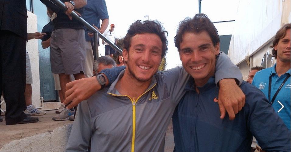 Rafael Nadal e Juan Mónaco posam para foto durante o torneio de Viña del Mar, em 2013