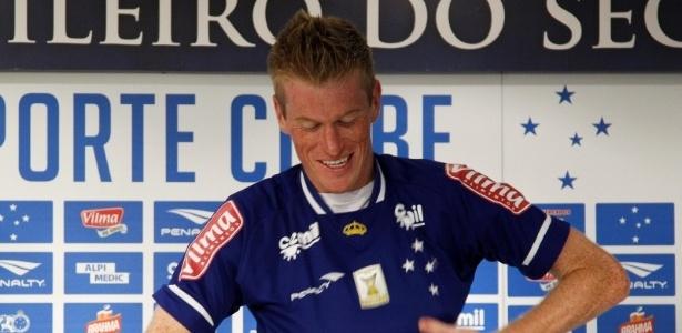 Douglas Grolli ficou um ano no Cruzeiro, mas teve poucas oportunidades