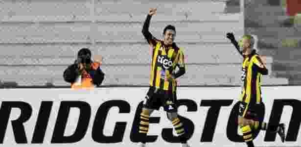 Rodrigo Ramallo defendeu o The Strongest antes de chegar ao Vitória - AFP PHOTO/Aizar Raldes