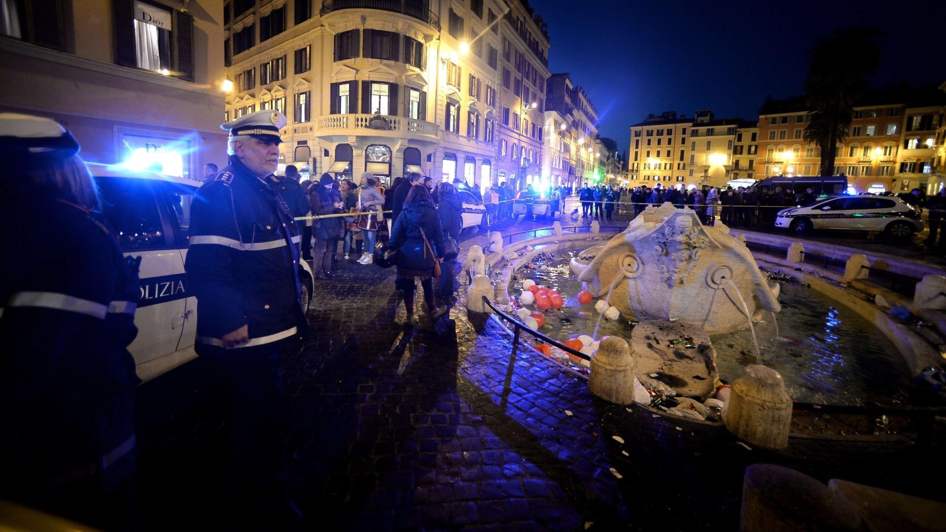Segundo a polícia italiana, 22 torcedores foram detidos após o confronto