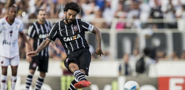 Cristian teve poucas chances como titular depois do retorno - Adriano Vizoni/Folhapress