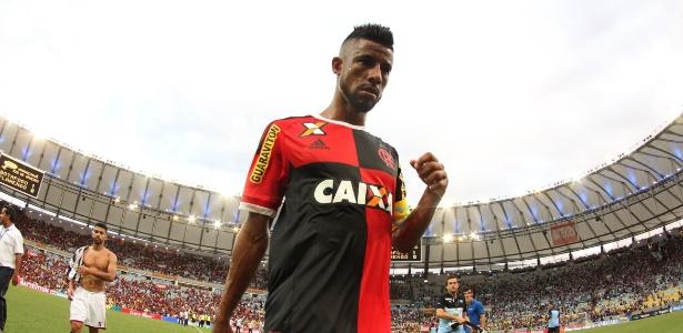Léo Moura entrou na Justiça contra o Flamengo e virou alvo dos torcedores