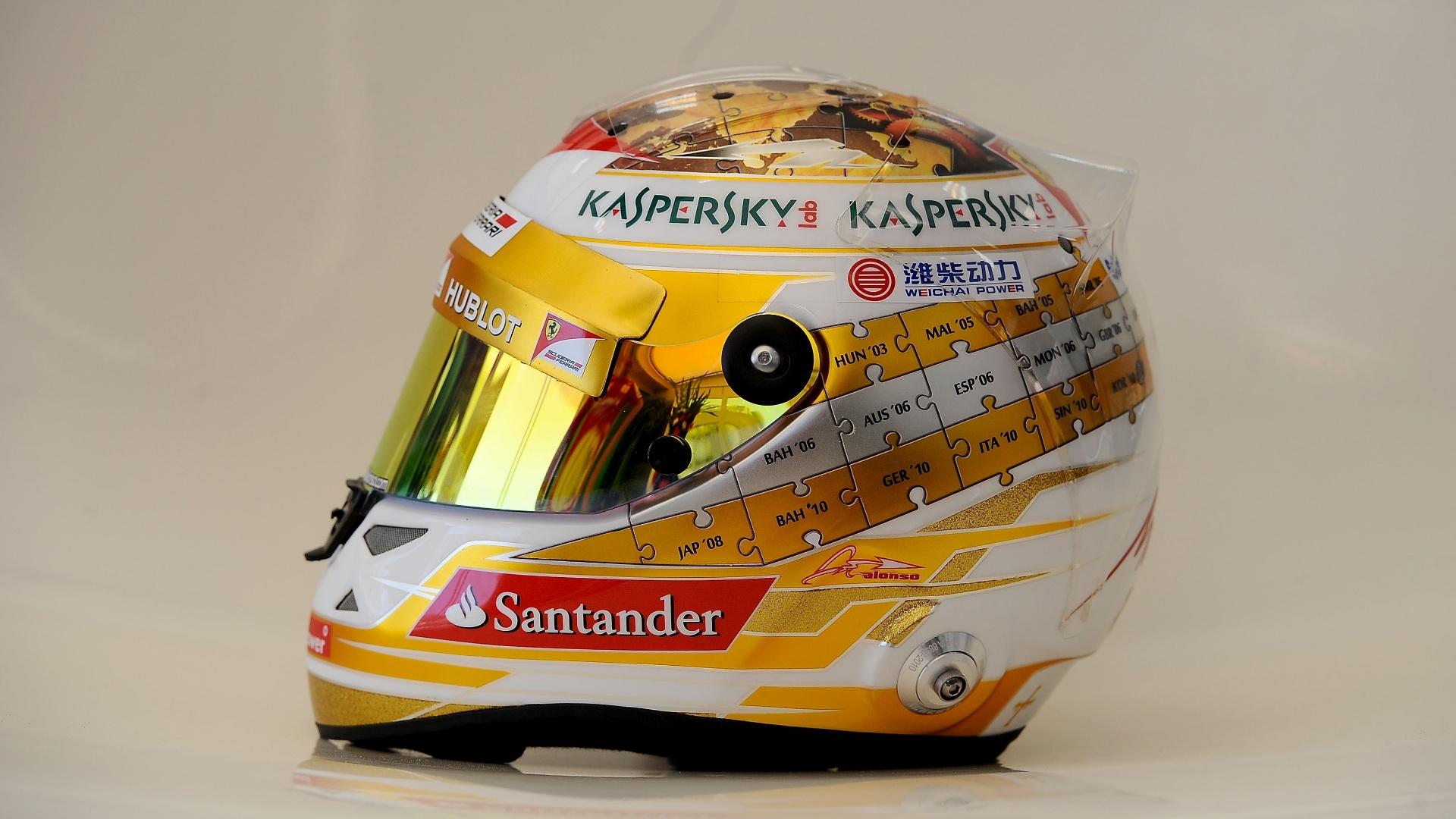 Fernando Alonso usa capacete com alusão a cassinos no GP de Mônaco de 2013
