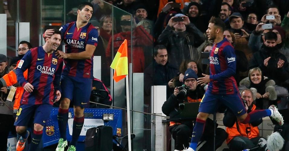 Neymar jogou 33 vezes na temporada e sempre teve Messi ao lado no ataque do Barcelona