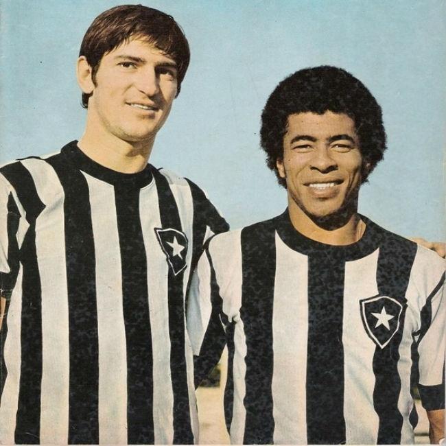 """Fischer vestiu a camisa do Botafogo por três anos e marcou 68 gols. """"El Lobo"""", que jogava no San Lorenzo, participou da histórica goleada botafoguense sobre o Flamengo, em 1972 - o argentino marcou duas vezes na vitória por 6 a 0"""
