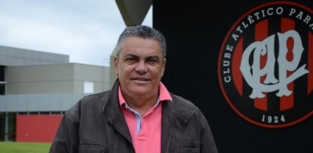 Paulo Carneiro, diretor de futebol do Atlético-PR