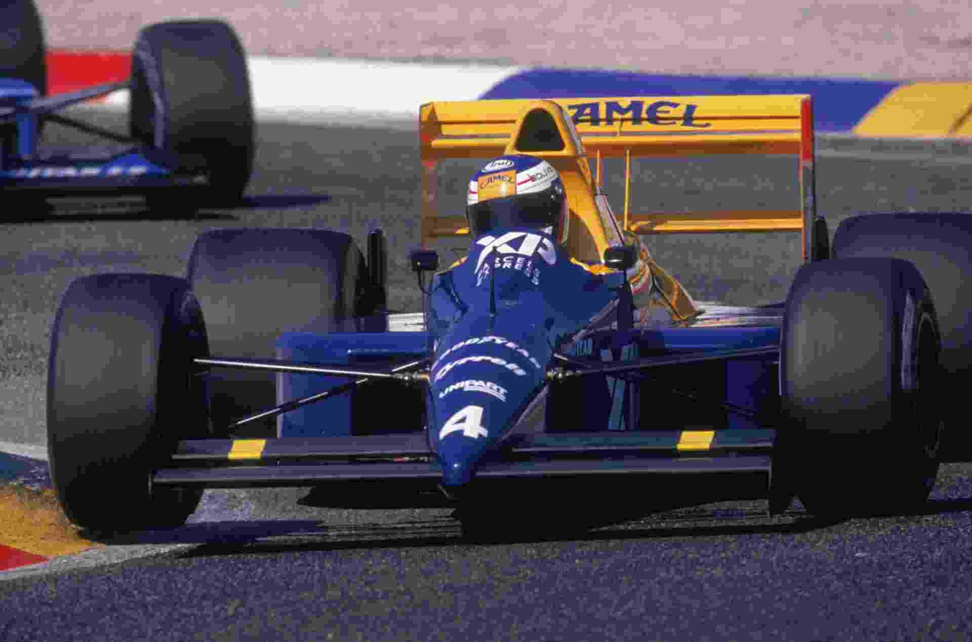 Jean Alesi em seu ano de estreia na Fórmula 1 a bordo da Tyrrell em 1989 - Pascal Rondeau/Getty Images