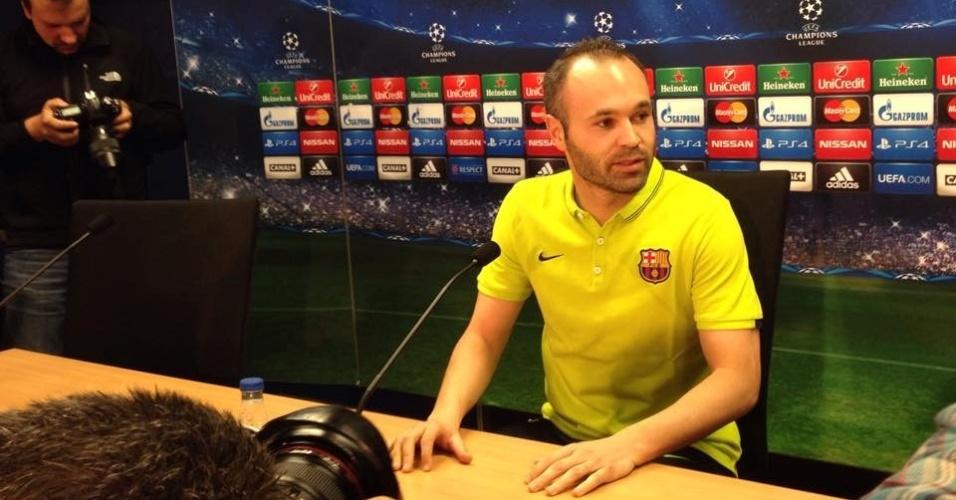 Iniesta concedeu entrevista coletiva na véspera de Barcelona x Manchester City
