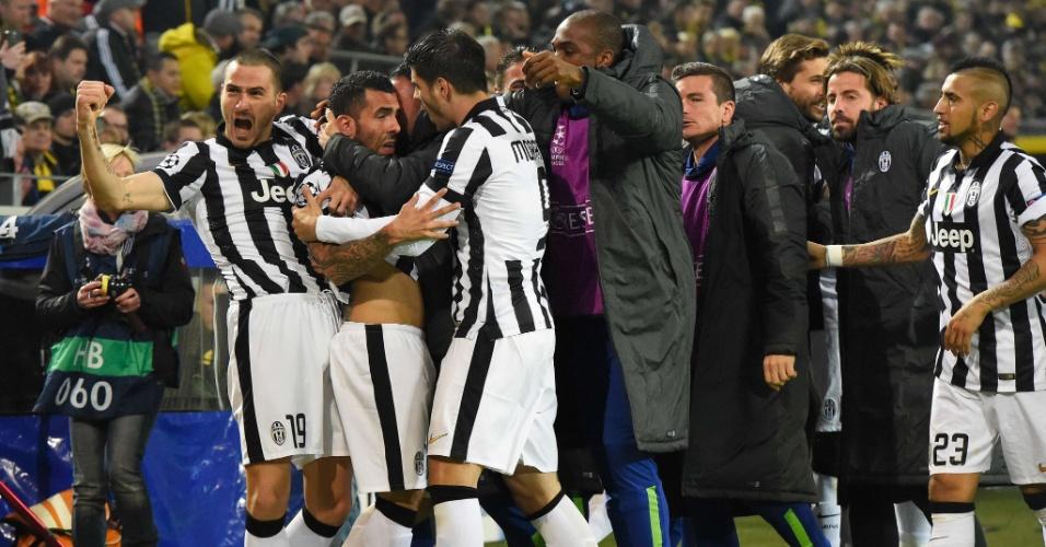 Tevez comemora primeiro gol da Juventus contra o Borussia Dortmund