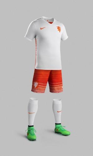 Nike divulga imagens do novo uniforme da seleção holandesa