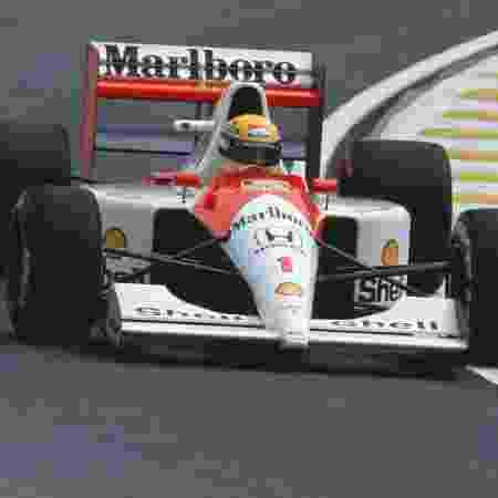 Ayrton Senna guia sua McLaren durante o GP do Brasil de 1991 - Pascal Rondeau/Getty Images