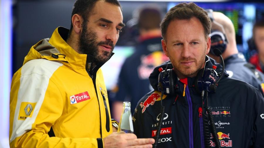 Abiteboul, chefe da Renault, conversa com Christian Horner no box da Red bull - Mark Thompson/Getty Images