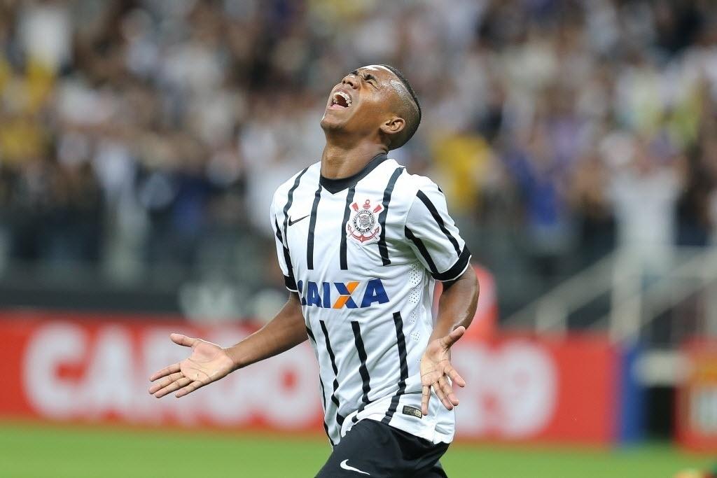 Malcom comemora seu gol pelo Corinthians no Campeonato Paulista