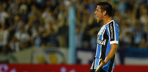 Ramiro será titular contra o Coritiba nesta quarta-feira, fora de casa
