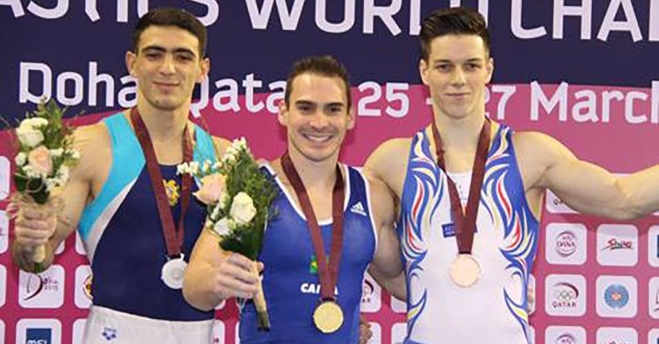 Arthur Zanetti vence a prova de argolas da etapa de Doha da Copa do Mundo de ginástica