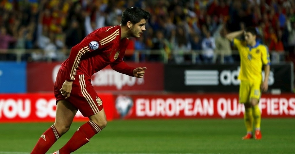 Morata comemora gol que abriu o placar para a Espanha contra a Ucrânia