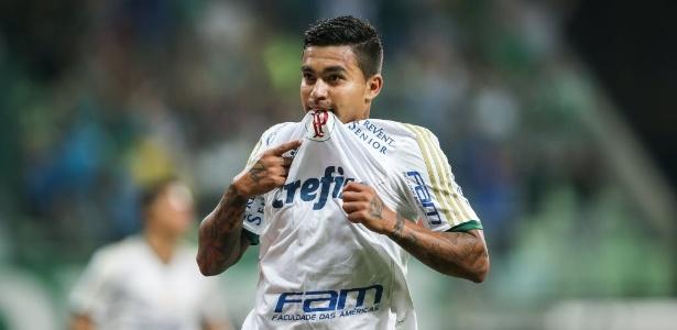 b3a15afc84 Patrocínio polêmico a árbitros paira sobre Palmeiras x Botafogo-SP ...