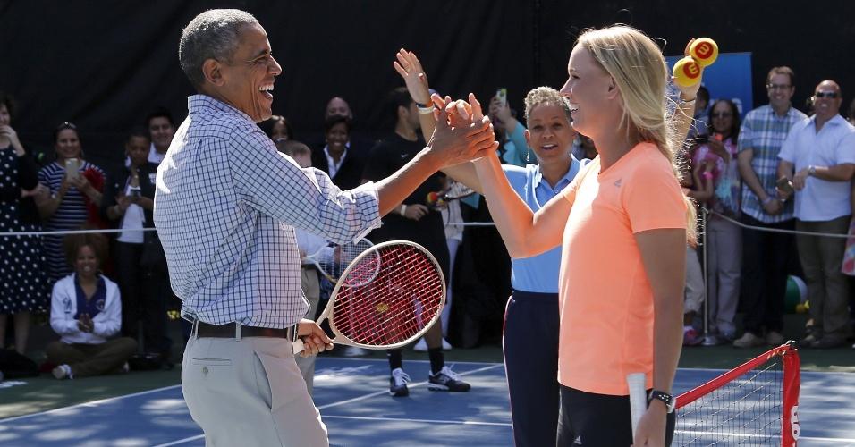 Caroline Wozniacki e Barack Obama se enfrentaram em evento comemorativo de Páscoa, na Casa Branca