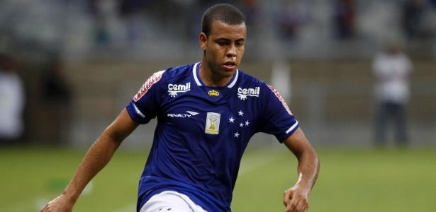 Mayke será o lateral direito do Cruzeiro para a próxima temporada