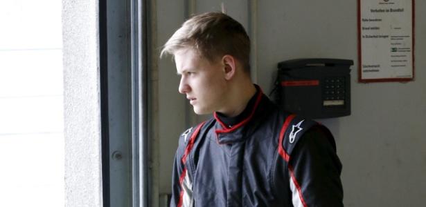 Fã do pai, Mick Schumacher quer deixar boa impressão na f3, mas despista sobre título - FABRIZIO BENSCH/Reuters